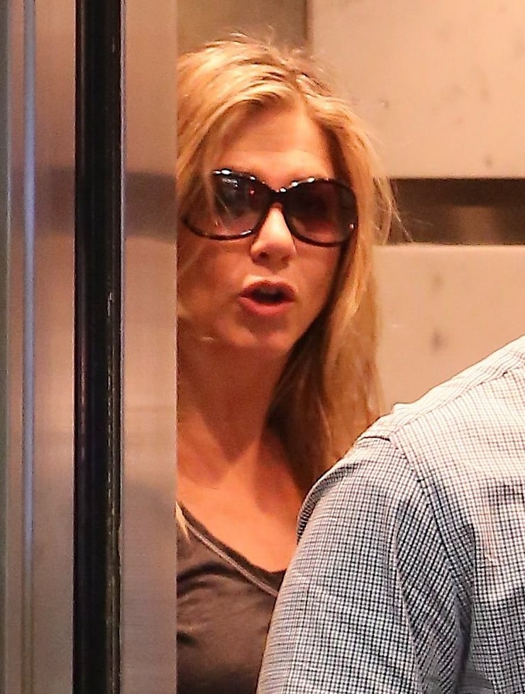 Jennifer Aniston made her way into the elevator.
