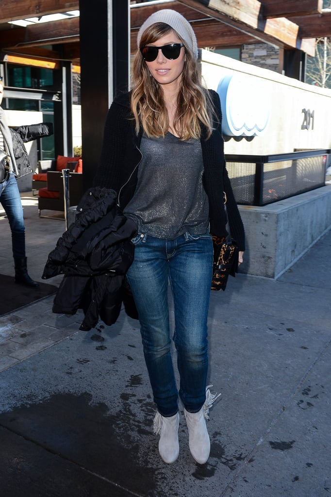 Jessica Biel's Sundance style is all about the accessories: black-out shades, fringe ankle boots, and a leopard crossbody bag. We love her black Joe's black moto sweater, too.