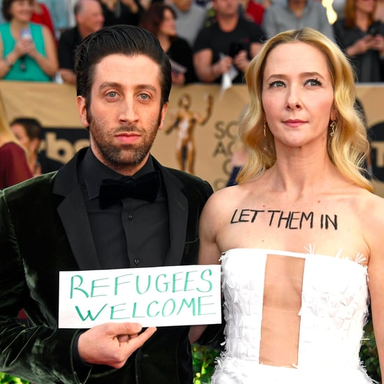 Simon Helberg's Protest on the SAG Awards Red Carpet 2017