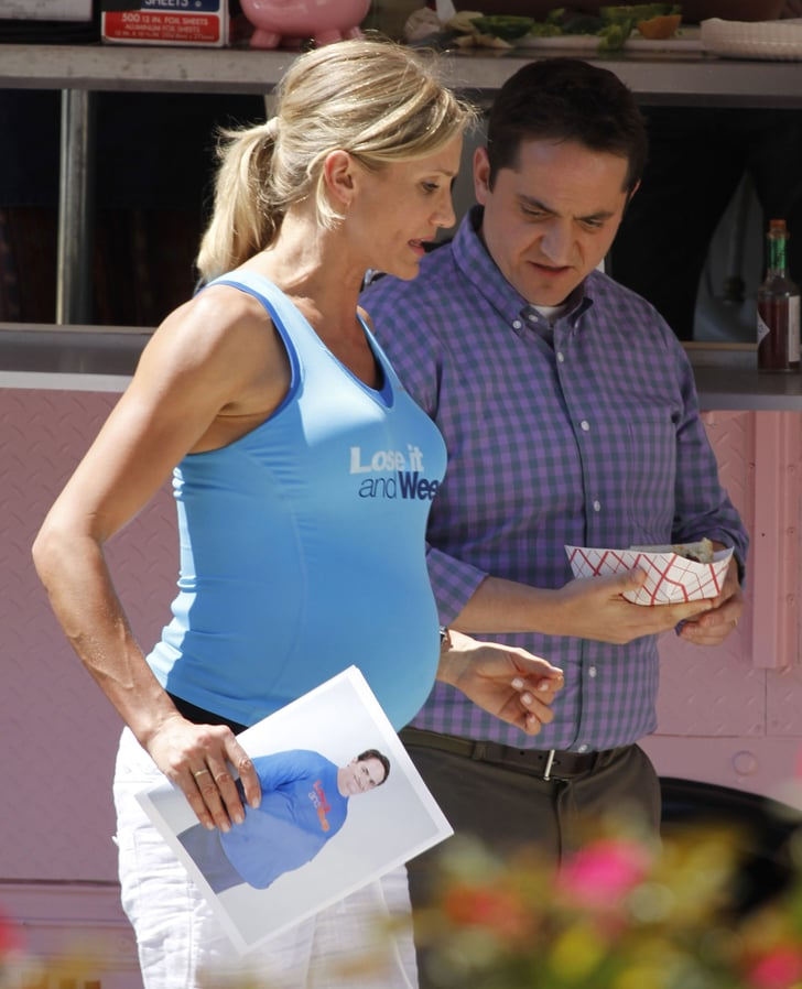 Pictures of Cameron Diaz Pregnant on Set in Atlanta ... Cameron Diaz Pregnant 2019 Pics