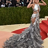When Rita Ora Showed Off Her Vera Wang Dress With a Silly Pose