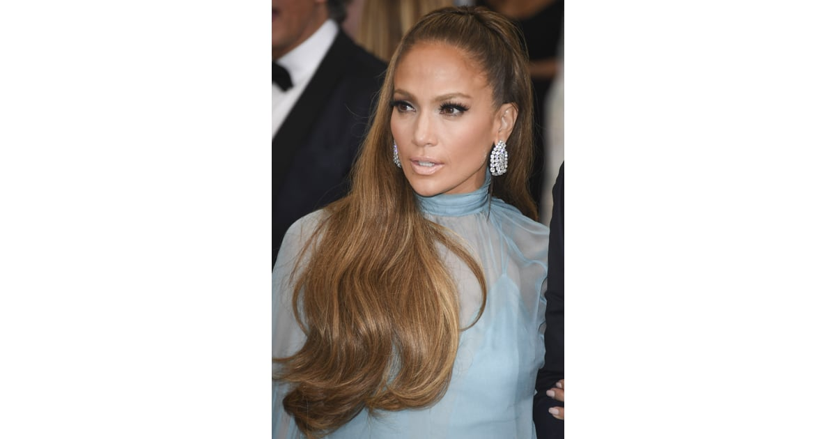 Pulled Back With Lots Of Volume And Wavy Ends Jennifer Lopez Hair