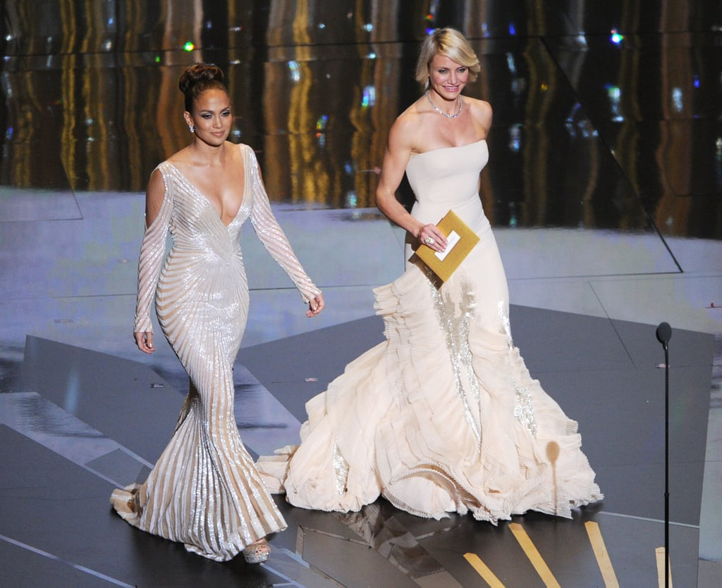 Jennifer Lopez and Cameron Diaz walked onstage together in | Oscars ...