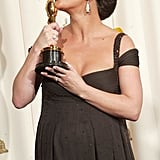 Catherine Zeta-Jones was kissin' for two after winning best supporting actress for Chicago in 2003.