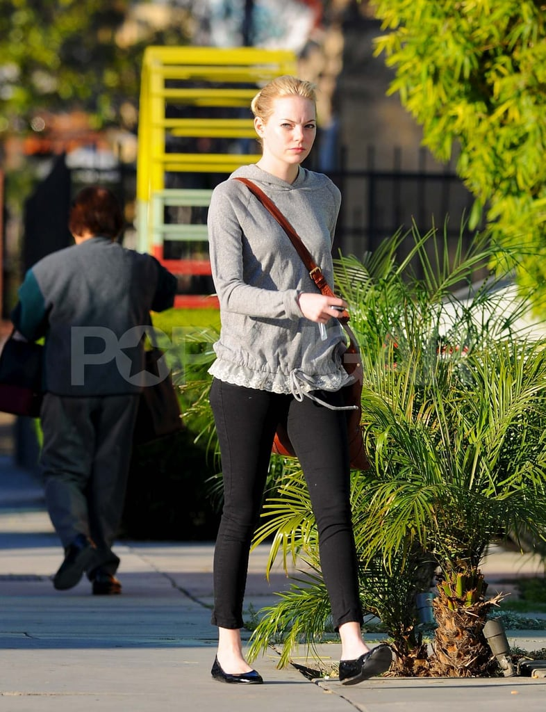 Emma Stone looked casual on her way out of an LA salon yesterday. She's maintaining her bright blond locks for her role in Spider-Man, which she's been working on for the last few weeks. Her costar Andrew Garfield joined her in front of the cameras, though he also made time for his real-life leading lady, Shannon Woodward, with a sweet date night ahead of today's Oscar nomination ceremony. His The Social Network picked up a few nods, but Andrew's omission from the best supporting actor category was one of the more shocking developments of the morning.