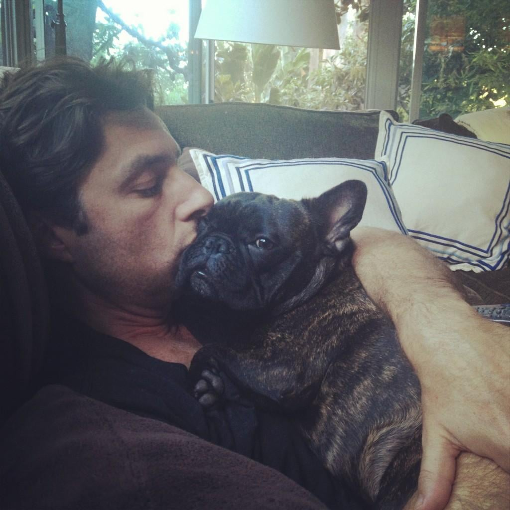 Zach Braff took a nap with a friend. Source: Twitter user zachbraff