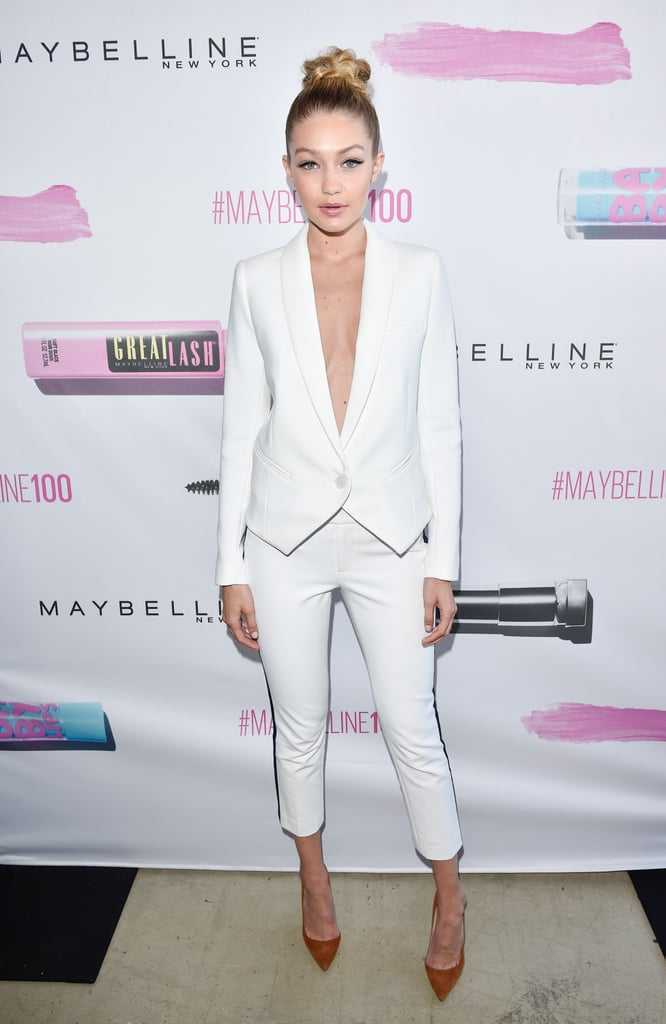 Gigi Hadid Dressing Like Carrie Bradshaw | POPSUGAR Fashion UK