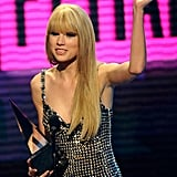 2010: Taylor Swift Took Home Favorite Country Female Artist, Again