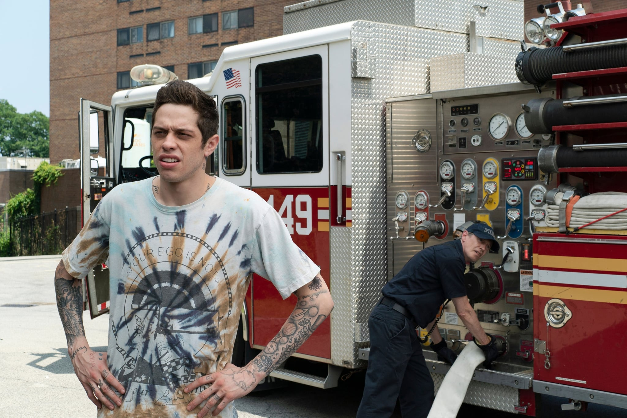 THE KING OF STATEN ISLAND, from left: Pete Davidson, Steve Buscemi, 2020. ph: Mary Cybulski /  Universal Pictures / Courtesy Everett Collection