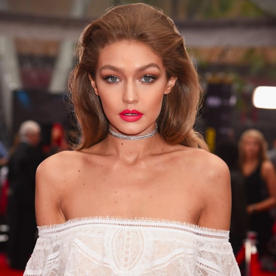 Gigi Hadid Makeup and Hair at the 2016 American Music Awards