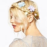 Dreamy Hair Clips to Play Up Your Bridal Look