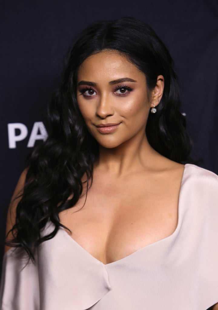 Shay Mitchell Uses Biore Charcoal Pore Strips