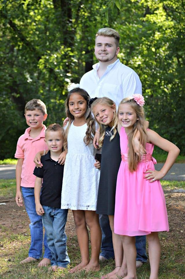 All six kids of the Blended 10.