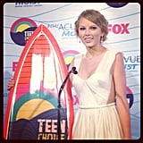 Taylor Swift came backstage after picking up a surfboard at the Teen Choice Awards.