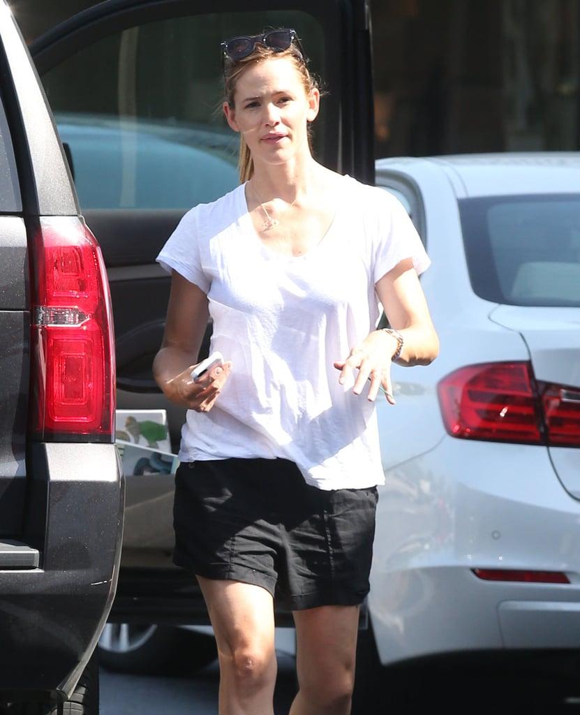 Jennifer Garner Wears Wedding Ring After Split  Pictures  Popsugar  Celebrity