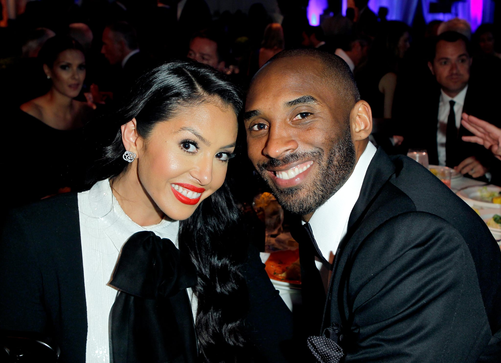"""BEVERLY HILLS, CA - MAY 02:  NBA player Kobe Bryant (R) and Vanessa Bryant attend EIF Women's Cancer Research Fund's 16th Annual """"An Unforgettable Evening"""" presented by Saks Fifth Avenue at the  Beverly Wilshire Four Seasons Hotel on May 2, 2013 in Beverly Hills, California.  (Photo by Donato Sardella/Getty Images for EIF)"""