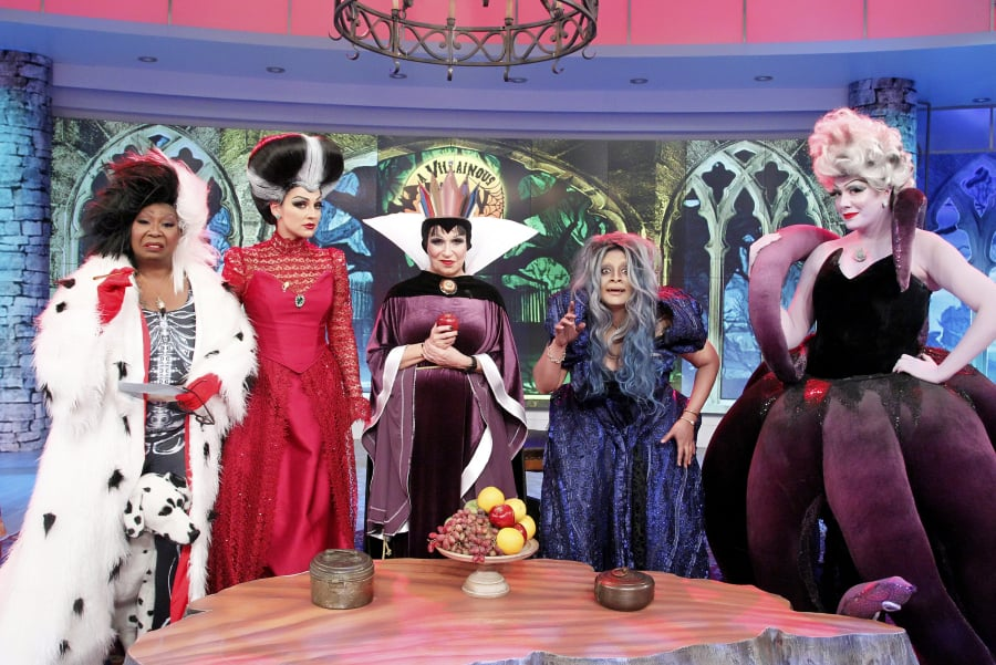 The view hosts dressed as disney villains halloween 2015 popsugar the view hosts dressed as disney villains halloween 2015 solutioingenieria Images