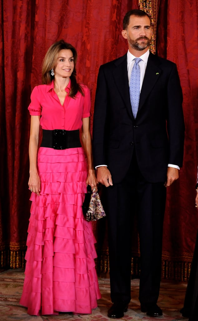 A Fuchsia Shirt Gown With a Tiered Skirt | Queen Letizia\'s Gowns ...