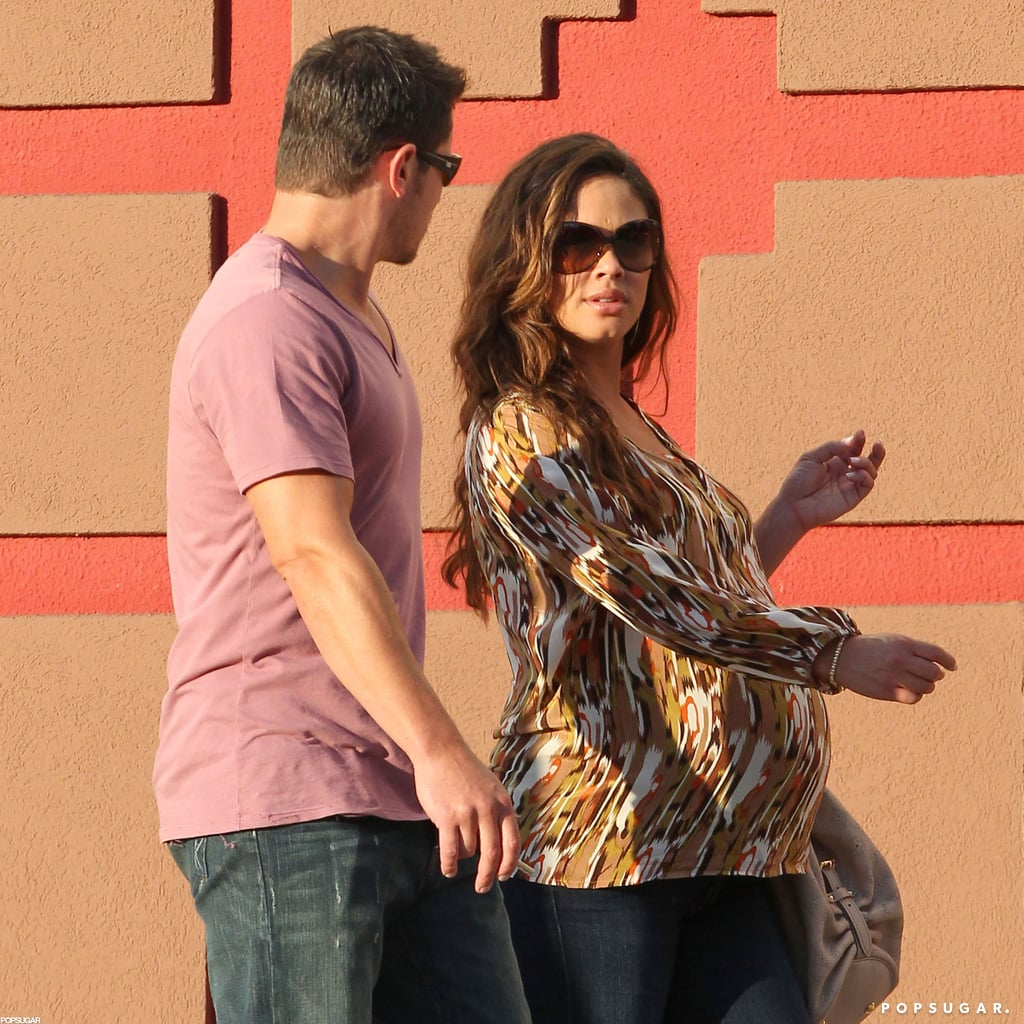 Nick Lachey and Vanessa Minnillo Wait For Baby With a Date Night