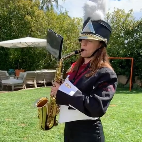 Jennifer Garner Playing Saxophone For Reese Witherspoon 2019