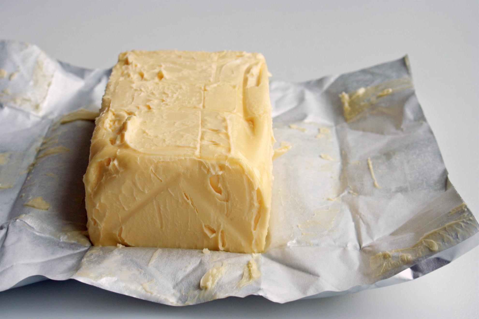 奶油屬於飽和性脂肪,攝取過多不僅熱量高,也造成心血管的負擔。