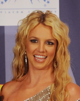 Photo of Britney Spears Latest Beauty and Hair Look at MTV Video Awards: Love or Hate Her Beauty Style?