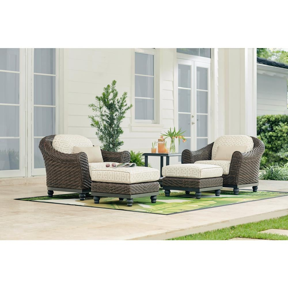 Camden Wicker Outdoor Lounge Chairs With Cushions