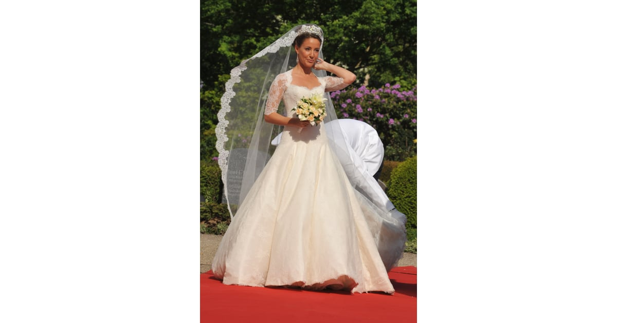 And Her Lace Arasa Morelli Wedding Gown Was Sewn by Hand by a Danish ...