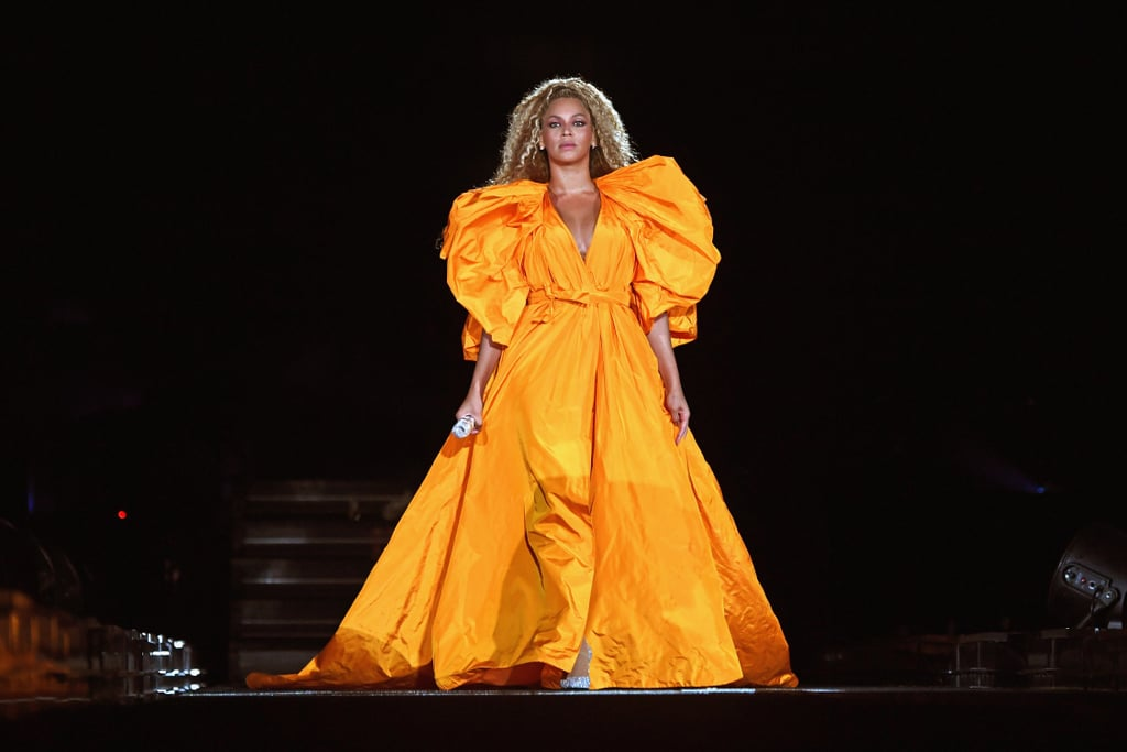 Beyoncé Almost Falling on Stage Video August 2018