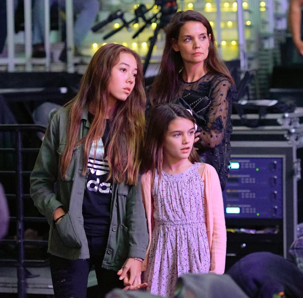 Katie Holmes and Suri Cruise at Lakers Game January 2017 ...