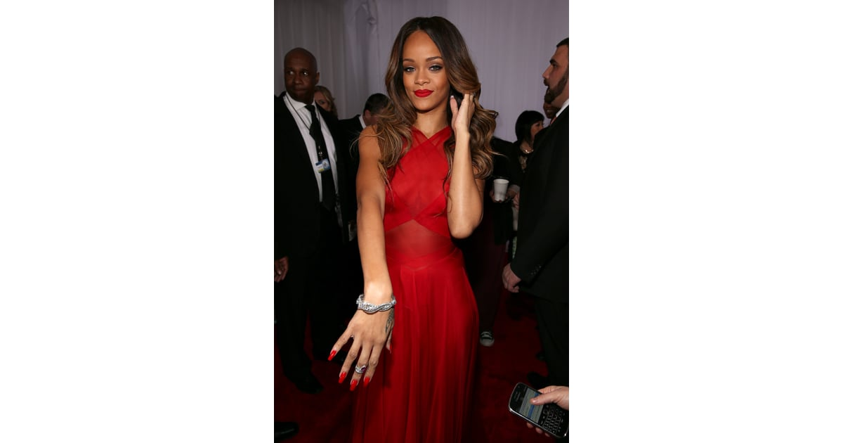 Rihanna wore red to the Grammy Awards. | Rihanna Pictures ...