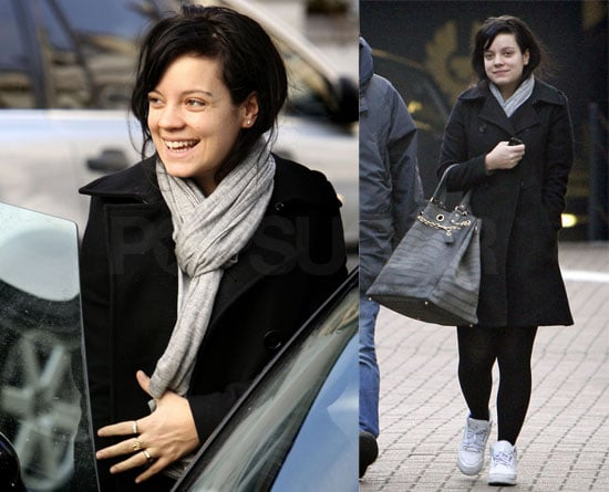 Lily Allen Gives Up Butts, But Not Smiles