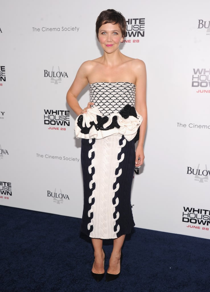 Maggie Gyllenhaal wore a black and white Dior bustier top with a white and navy knit skirt to the White House Down premiere in NYC.