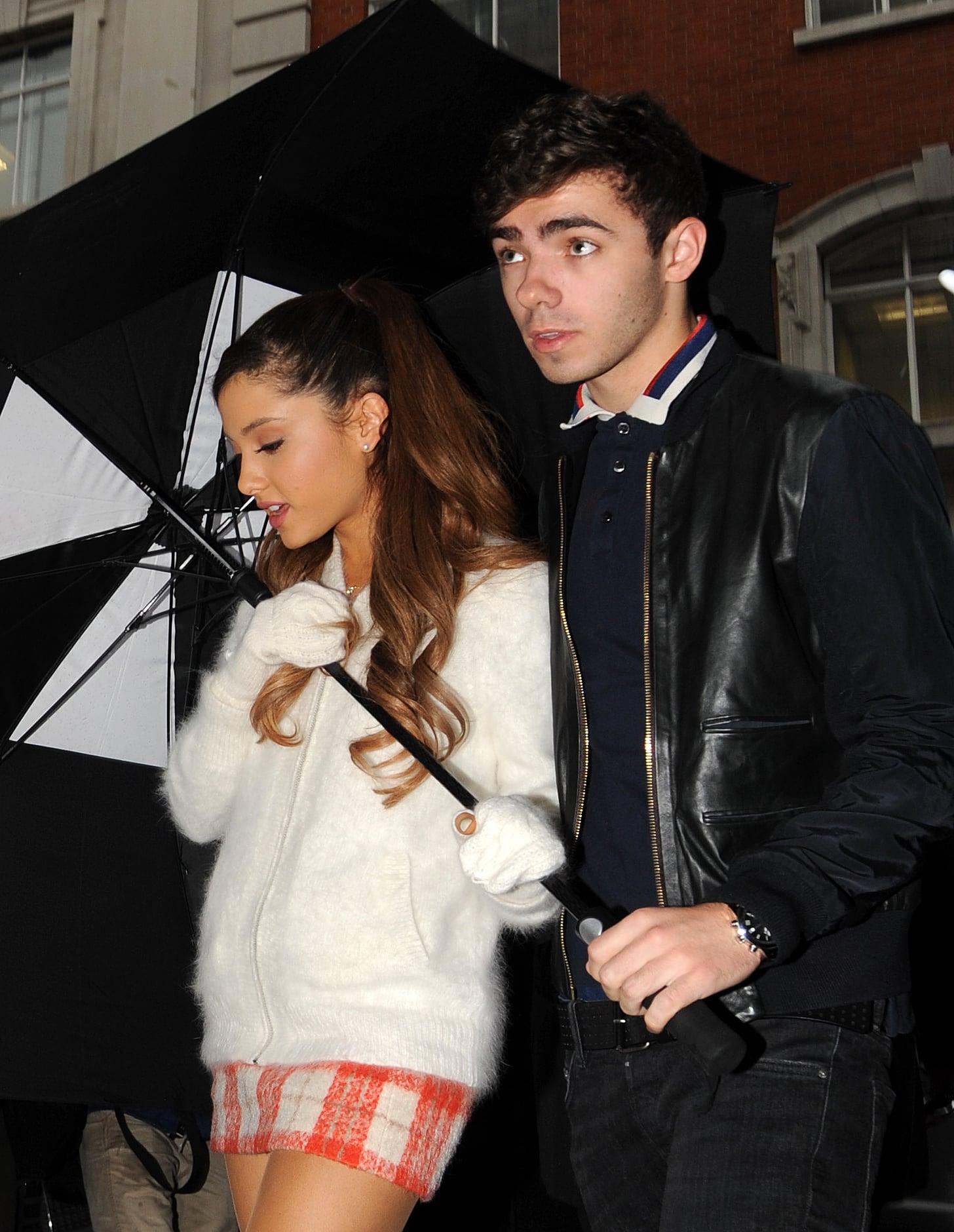 Dating simulator grande ariana Ariana Grande