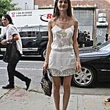 خفّافة مميّزة لكن دون المبالغة في زركشتها؛ يُمكنكِ ارتداؤها مع الفساتين والتنانير القصيرة على حدٍّ سواء.