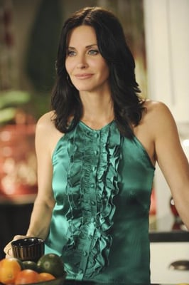 Courteney Cox as Jules Cobb in Cougar Town Style 2010-02-10 11:30:00
