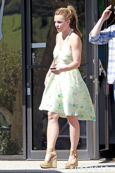 Britney-Spears-wore-green-sundress-LA