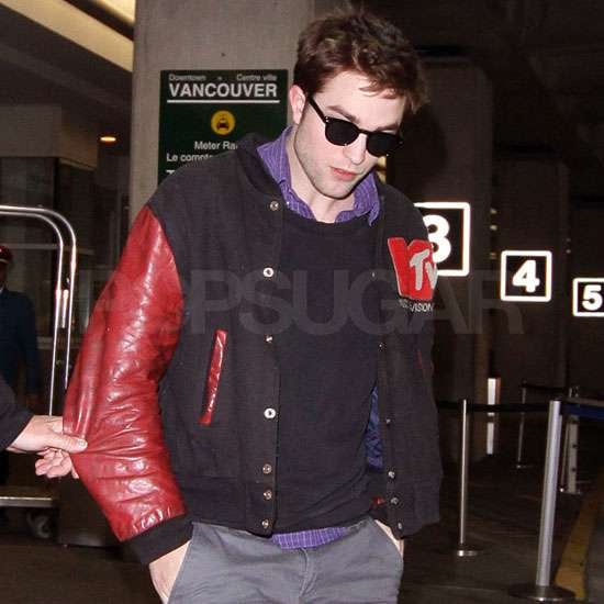 Pictures of Robert Pattinson and Mackenzie Foy Aka Renesmee Arriving in Vancouver to Film Breaking Dawn