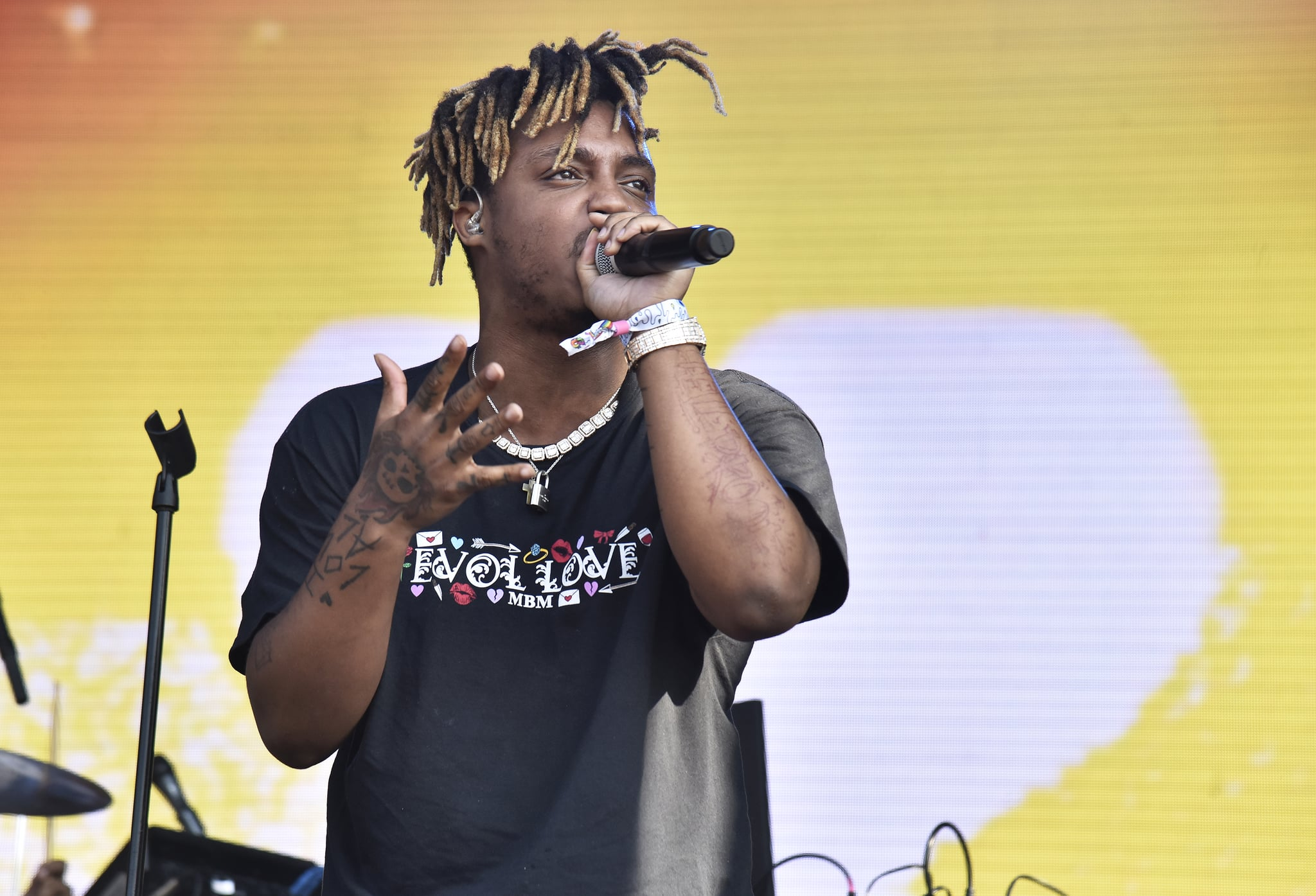 MANCHESTER, TENNESSEE - JUNE 15: Juice WRLD performs during the 2019 Bonnaroo Music & Arts Festival on June 15, 2019 in Manchester, Tennessee. (Photo by Tim Mosenfelder/Getty Images)