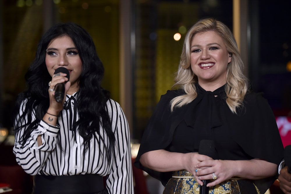 "Report: Pentatonix Kelly Clarkson ""My Grown Up Christmas List"" Video ..."
