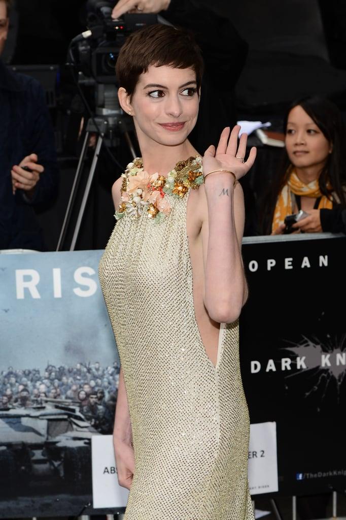 Anne Hathaway wore Gucci.
