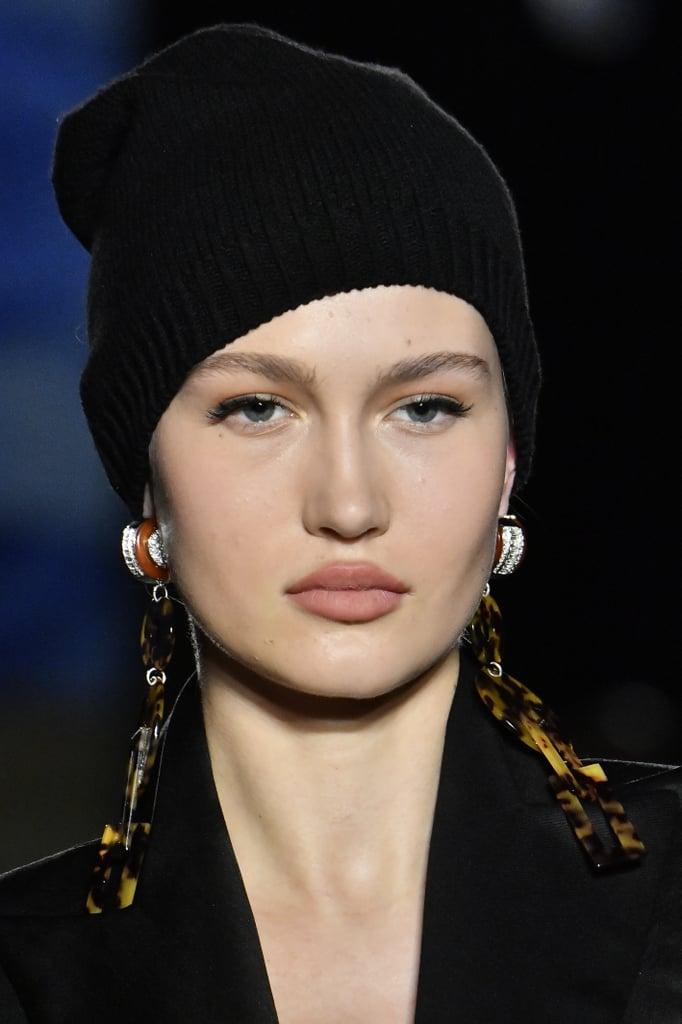Fall Jewelry Trends 2020: Shoulder-Grazing Earrings