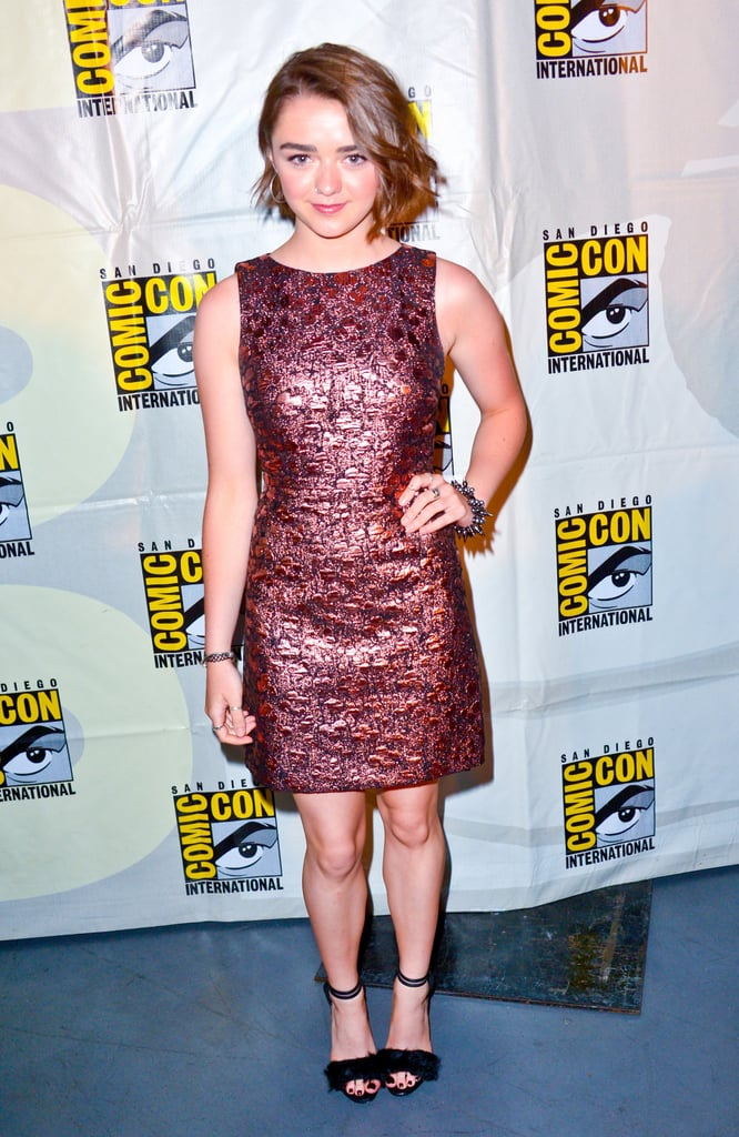 Sticking to a style she loves, the brocade mini, Maisie chose a slightly more wearable look for another Comic-Con engagement.