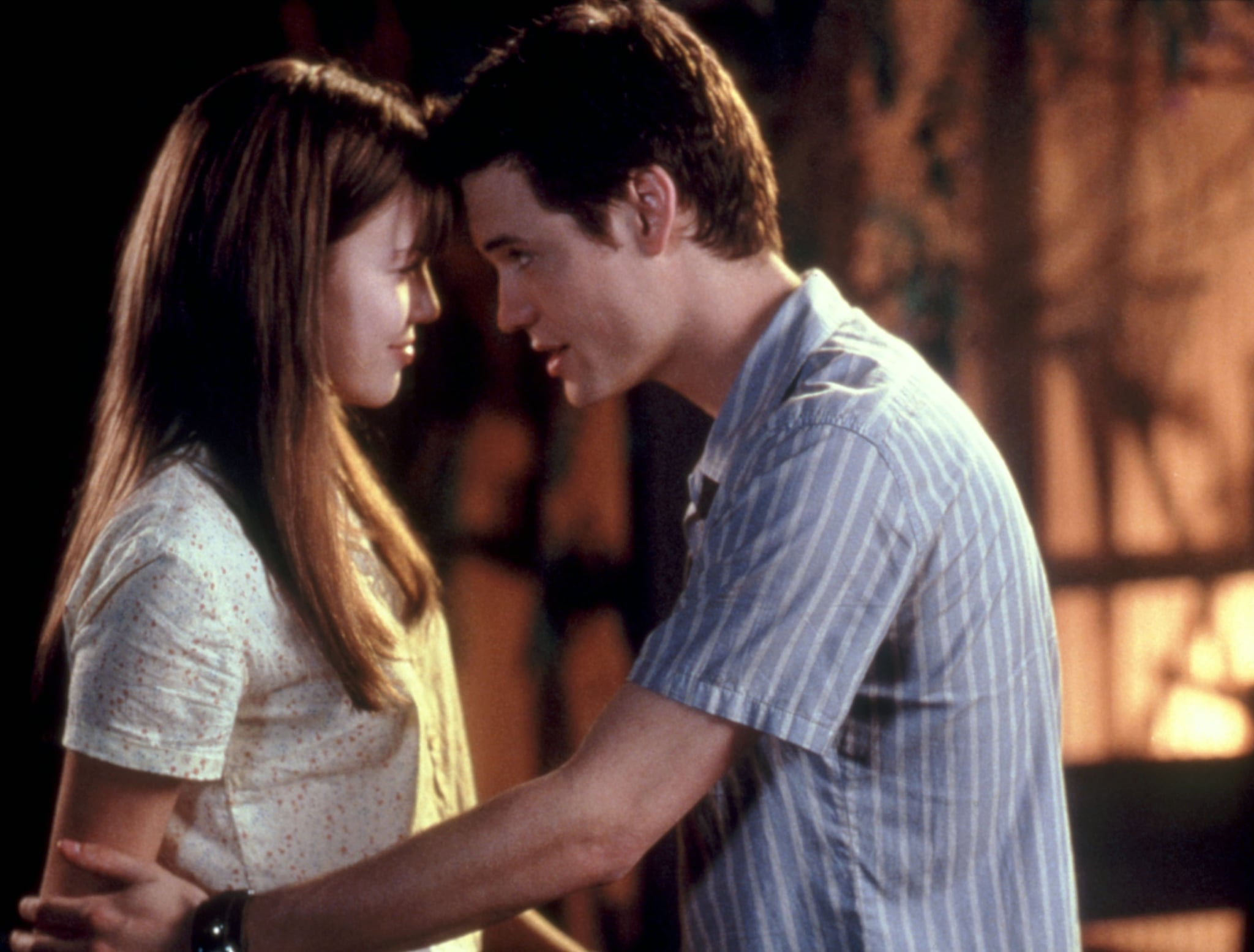 A WALK TO REMEMBER, Mandy Moore, Shane West, 2002. Warner Brothers/courtesy Everett Collection.
