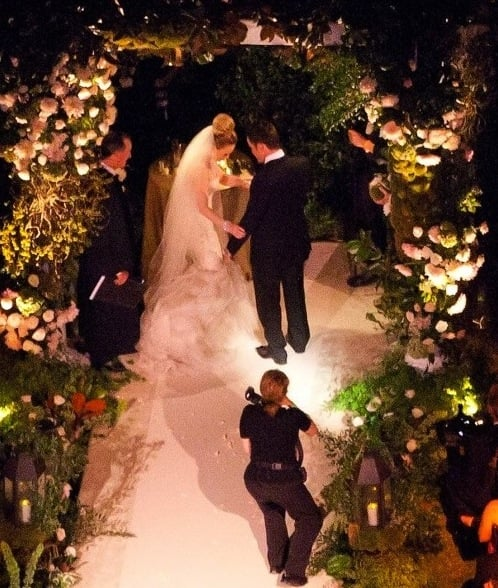 Hilary Duff and Mike Comrie had an evening ceremony in Santa Barbara in August 2010 for which the bride chose an over-the-top Vera Wang gown.