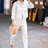How to Wear Jeans: Cara Sanana