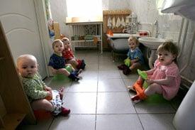 Mommy Dearest: Is It Okay For Tots to Pee in Public?