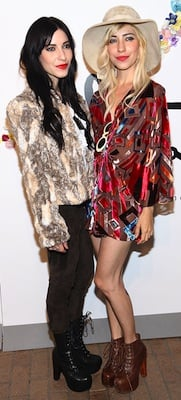 Jessica and Lisa Origliasso in Alice and Olivia