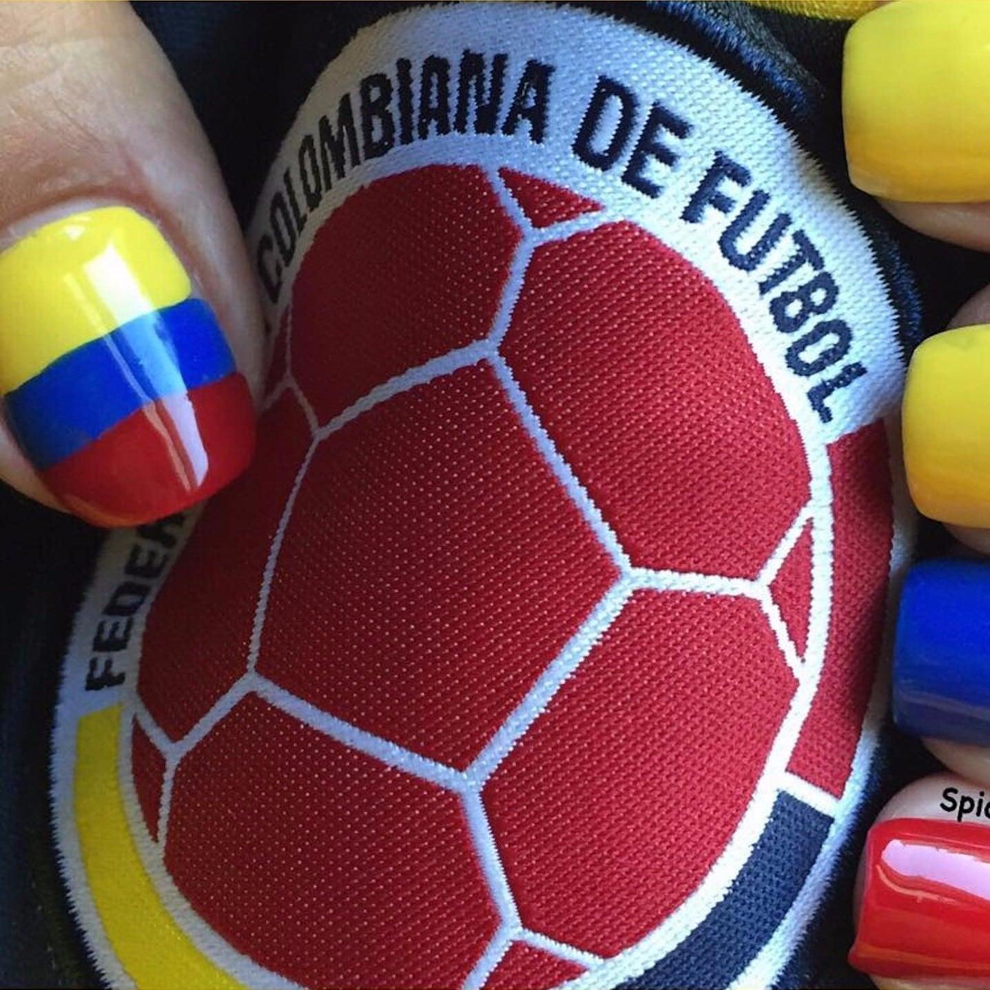 The Colombian Flag Latinx Pride Nail Art Ideas Popsugar Latina