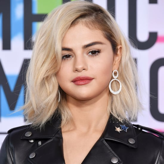 Selena Gomez With Blonde Hair at American Music Awards 2017